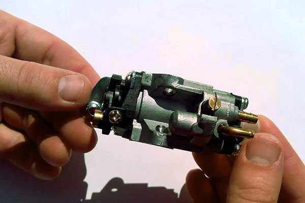 Как промыть двигатель триммера