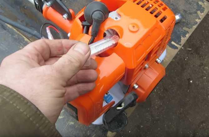 Плохо заводится бензокоса? Отрегулируйте зазор магнето : Labuda.blog