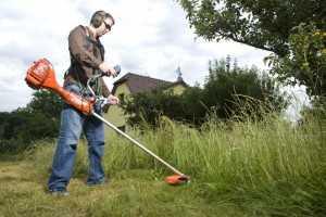 Инструкция по охране труда при работе с триммером, газонокосилкой