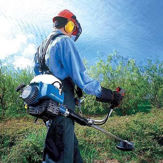 Как пользоваться бензокосой Makita: техника безопасности, подготовка и запуск, дозаправка, уход.